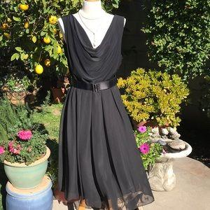 Elegant Boutique Women's black dress